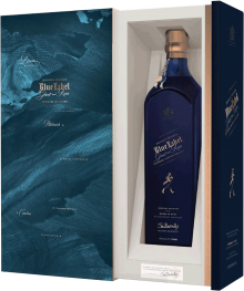 JOHNNIE WALKER GHOST AND RARE BLENDED SCOTCH WHISKY) 750 ml